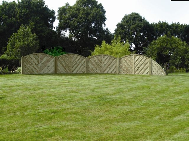 Falkirk fencing Scalloped Fencing Panels