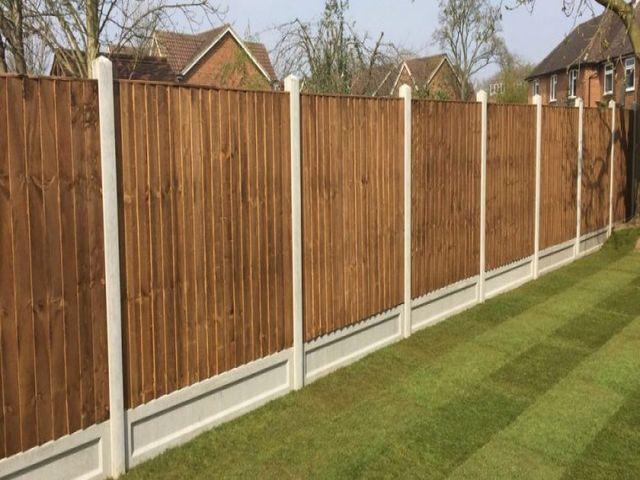 Broxburn Fencing vertical fencing panels installed